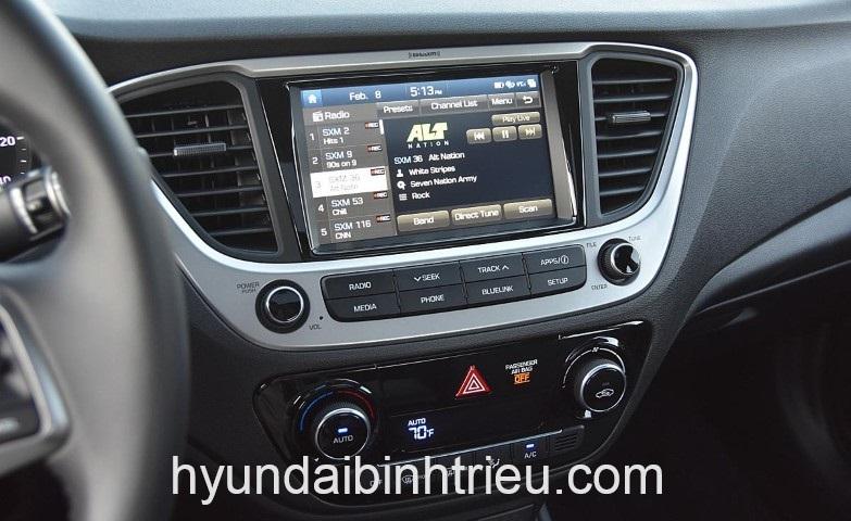 Hyundai Accent Man Hinh