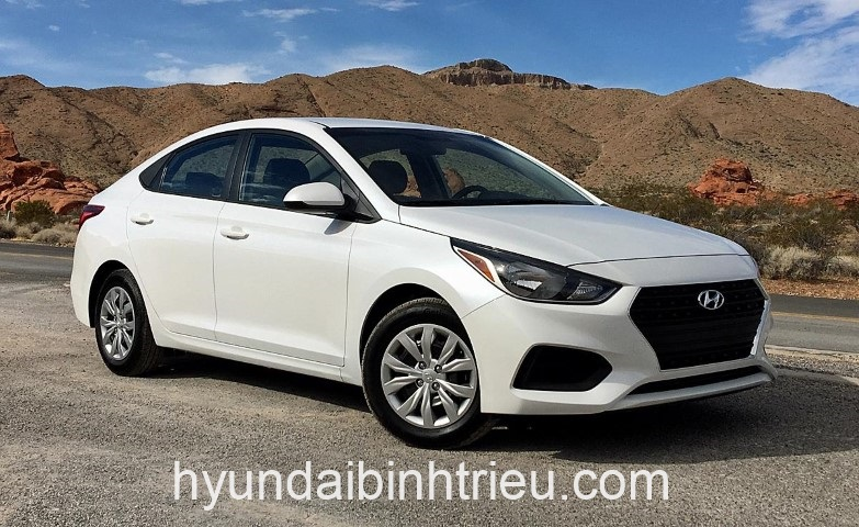 Hyundai Accent Mau Trang