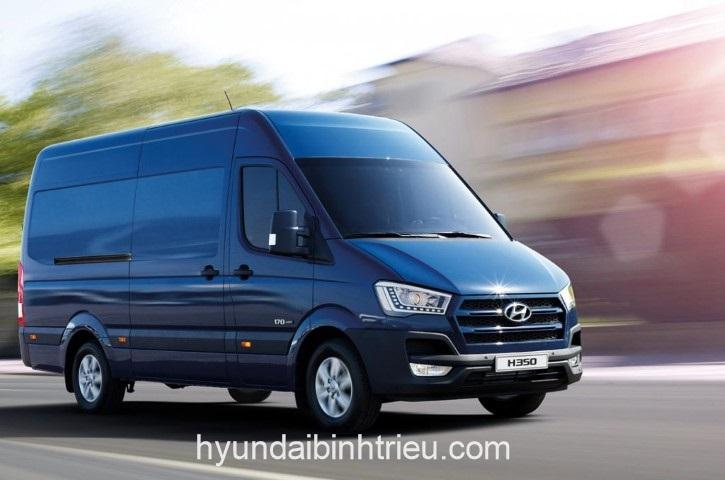 Hyundai Solati Mau Xanh