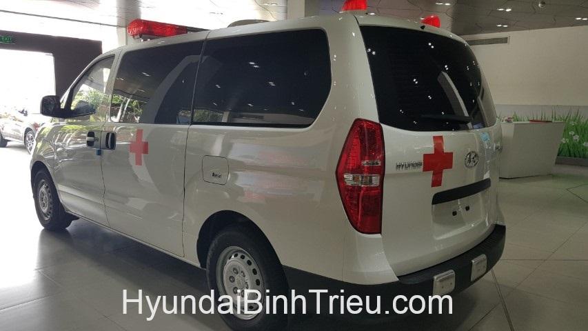 Hyundai Starex Cuu Thuong 2019 Banh Xe