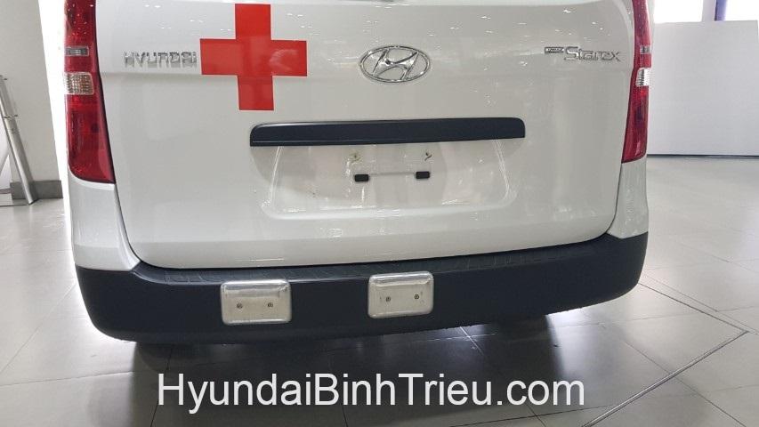 Hyundai Starex Cuu Thuong 2019 Giam Gia