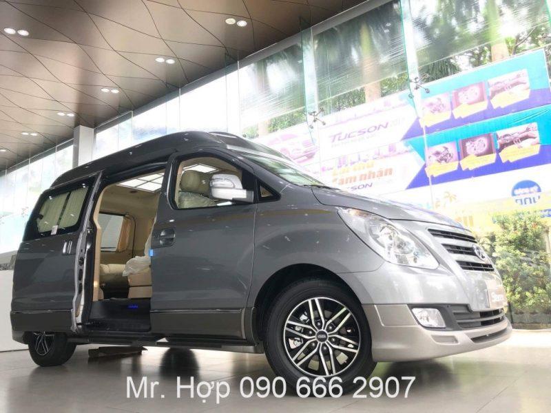 Hyundai Starex Limousine Cua Xe
