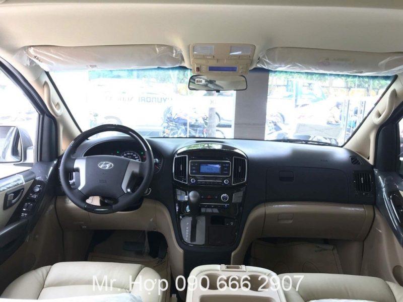 Hyundai Starex Limousine Vo Lang