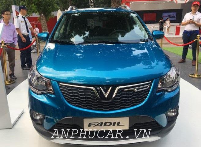So sánh sự khác biệt của Vinfast Fadil 2019 và Toyota Wigo 2019