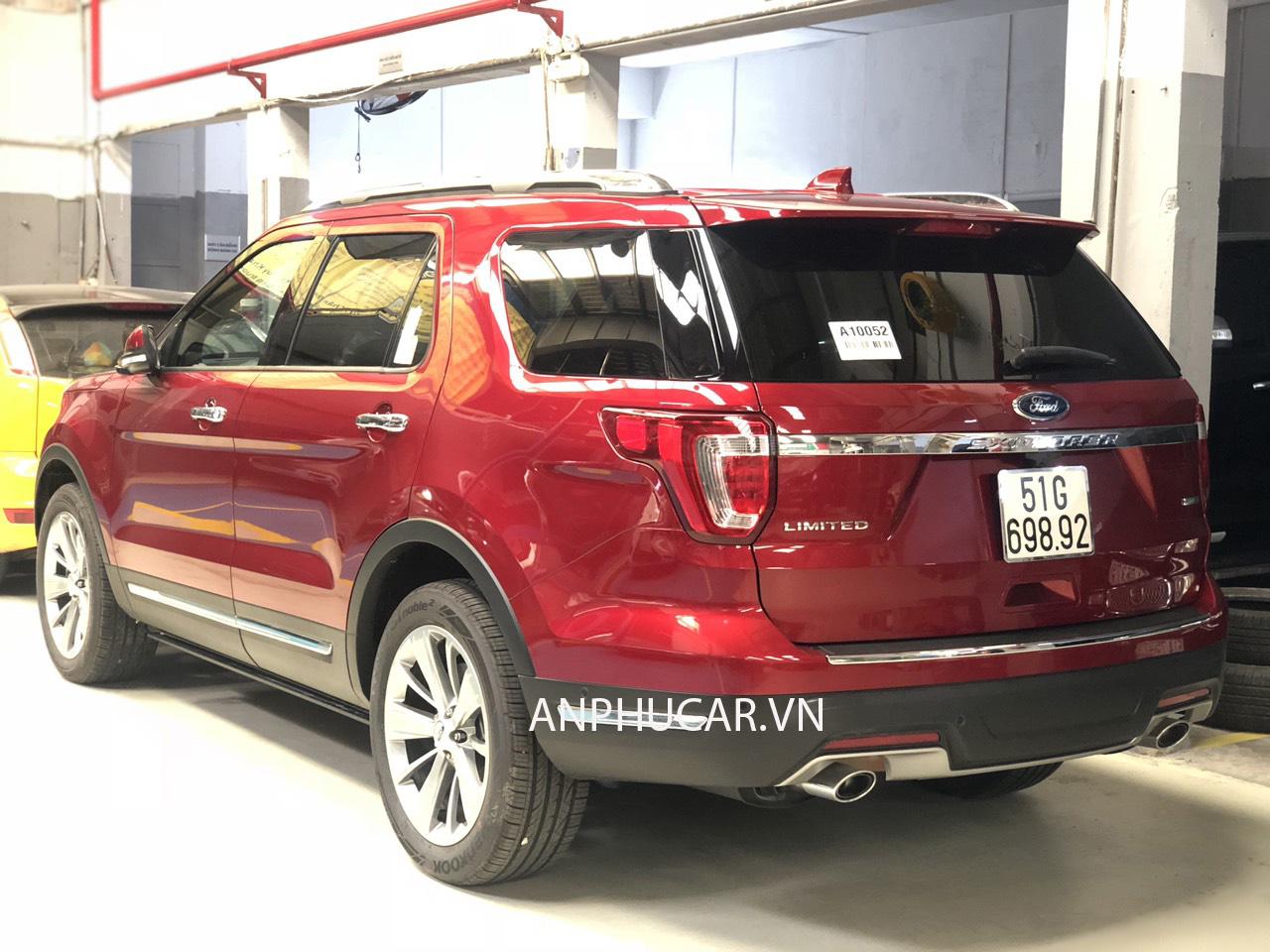 PHía sau ford explorer 2019