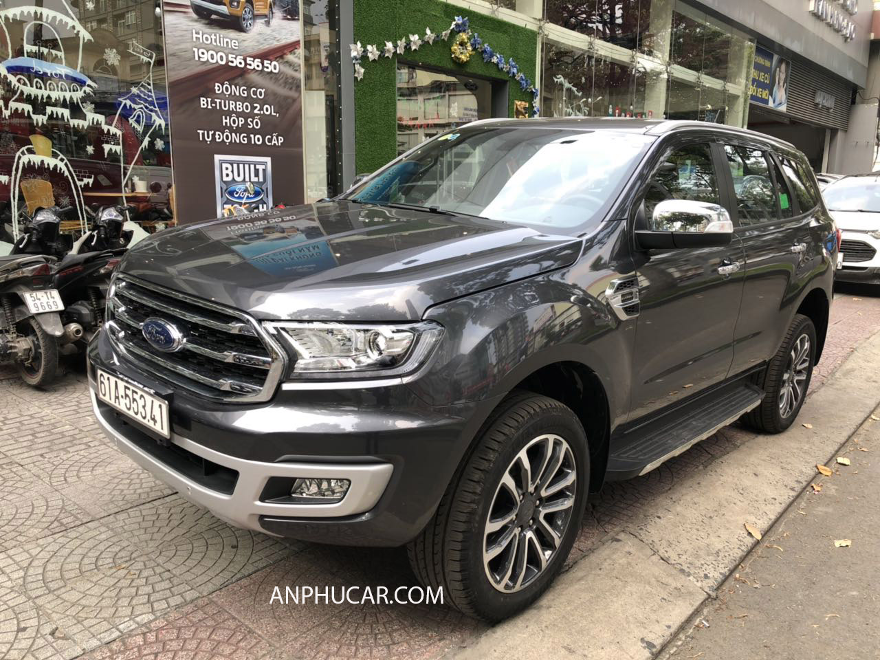 so sanh ford everest trend và ford everest titanium 2019