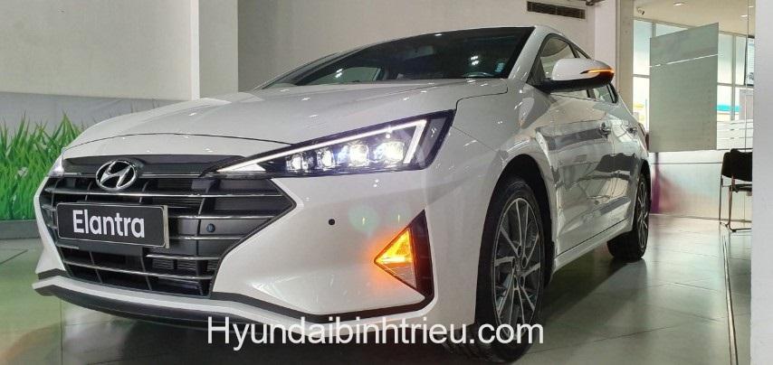 Hyundai Elantra 2020 Den Led