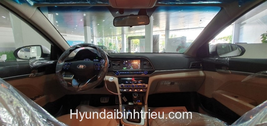 Hyundai Elantra 2020 Noi That