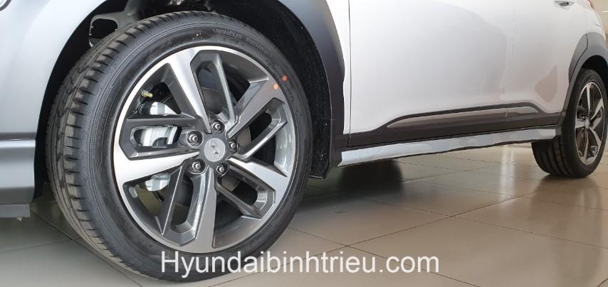 Hyundai Kona 2020 Banh Mam