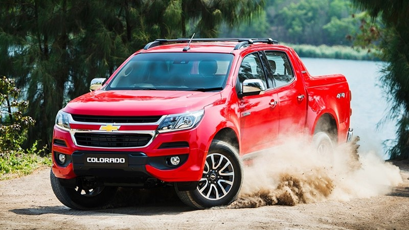 Chevrolet Colorado dau xe