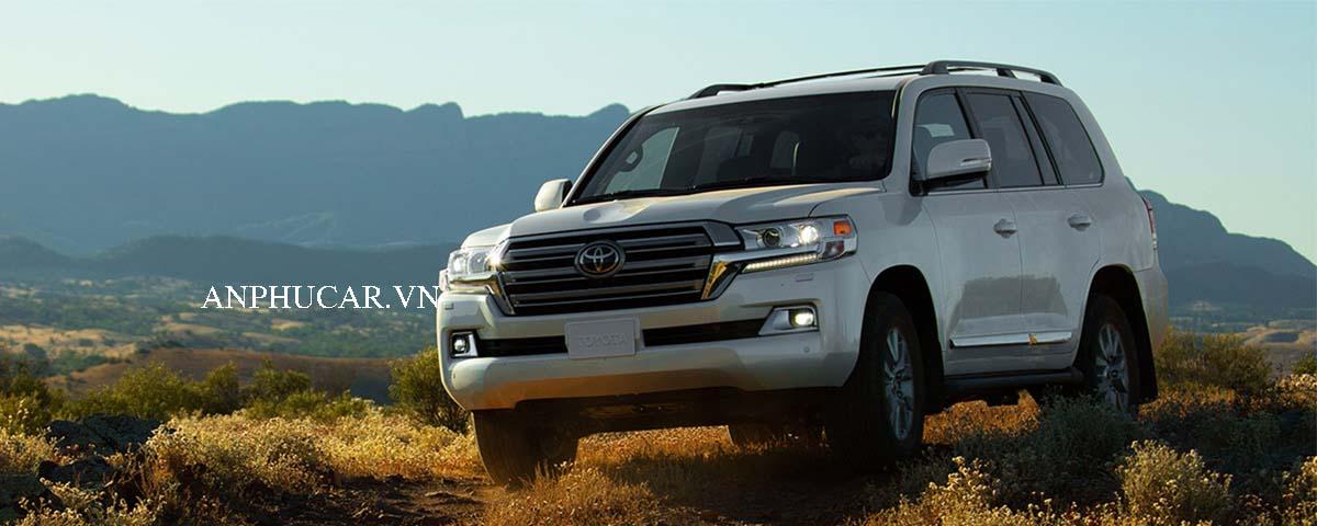 Giới thiệu về Toyota Land Cruiser 2020 giá xe bao nhiêu