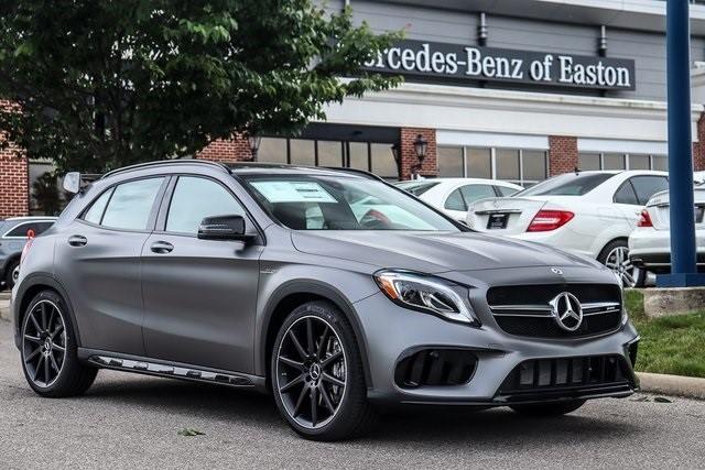 Mercedes Benz GLA 45 dau xe