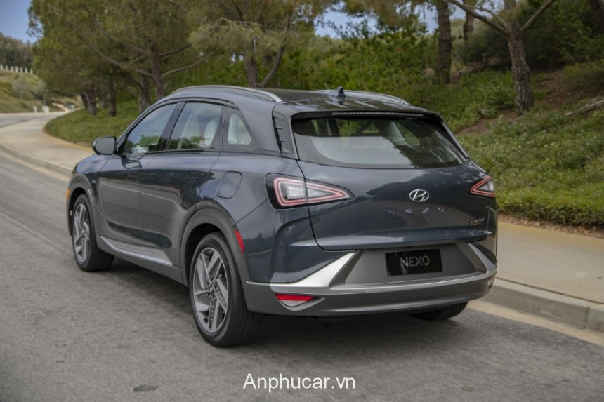 Hyundai Nexo 2020 Duoi Xe