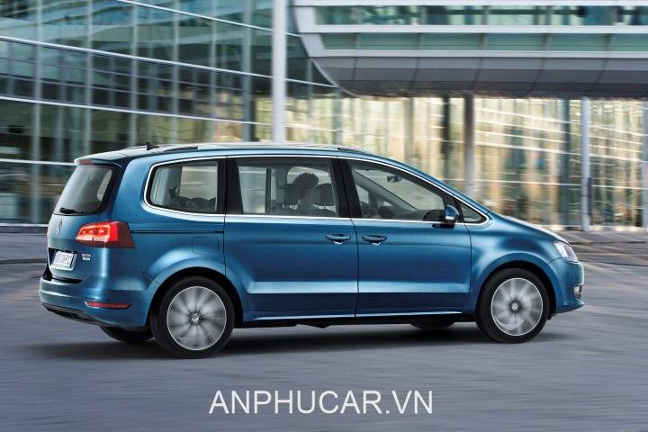 than xe Volkswagen Sharan 2020
