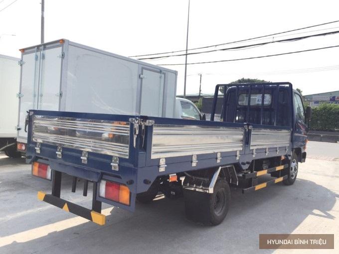Gia Xe Tai Hyundai N250SL Khuyen Mai