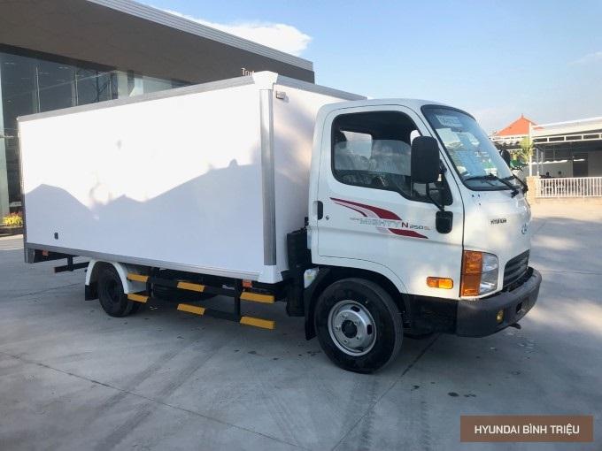 Gia Xe Tai Hyundai N250SL Thung 4m3