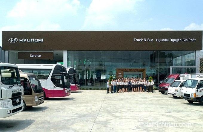 Hyundai Nguyen Gia Phat Showroom