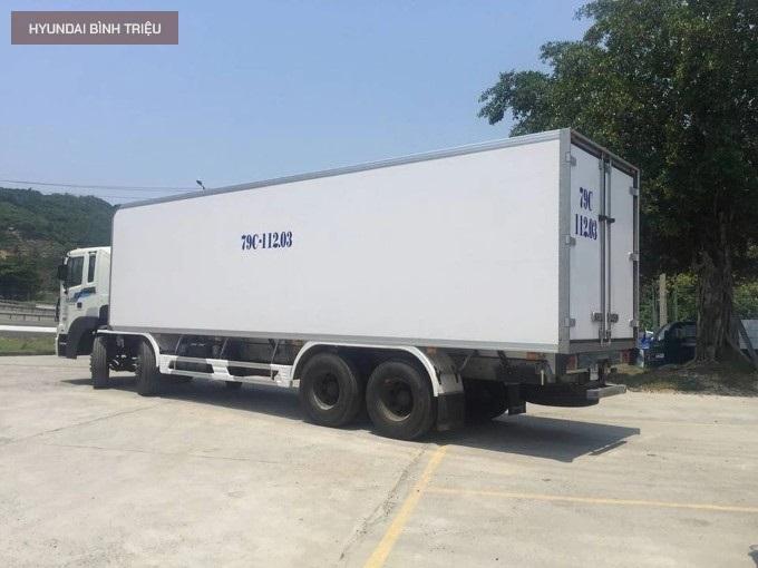 Hyundai HD320 2020 Dong Lanh