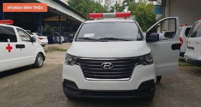 Gia Xe Cuu Thuong Hyundai Doi Moi