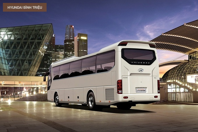 Hyundai Universe Chieu Dai